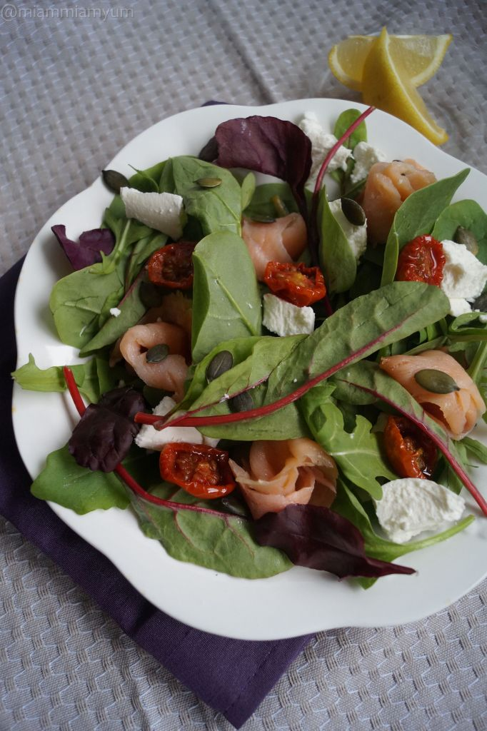 Salmon & goat's cheese salad