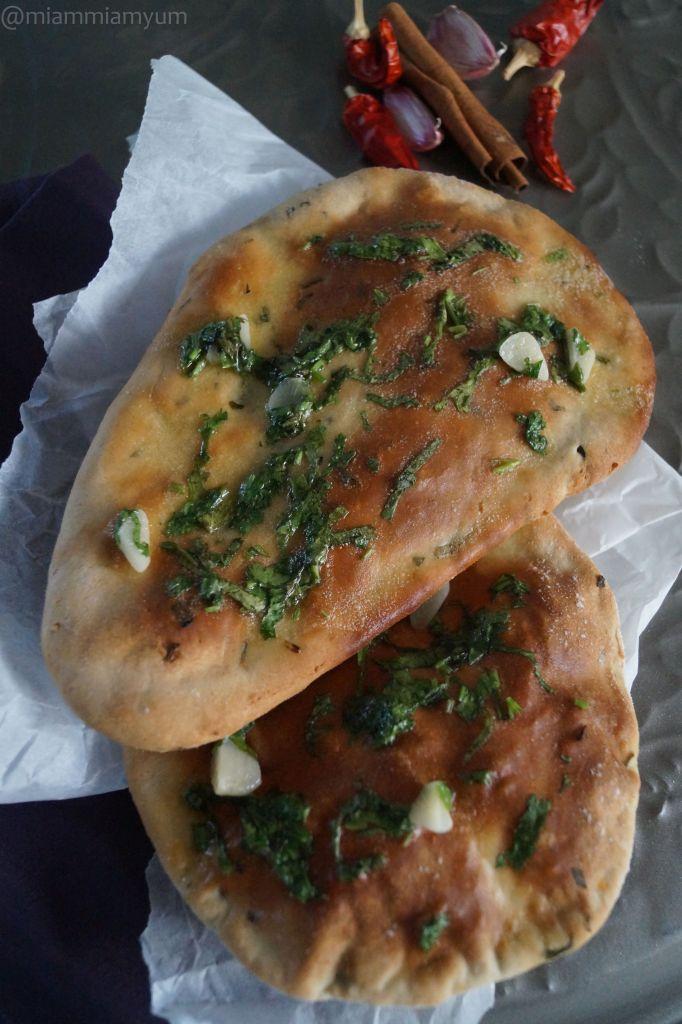 Garlic & coriander naan