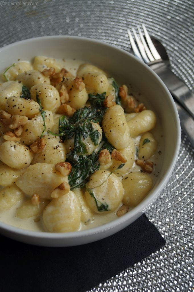 Gorgonzola spinach gnocchi