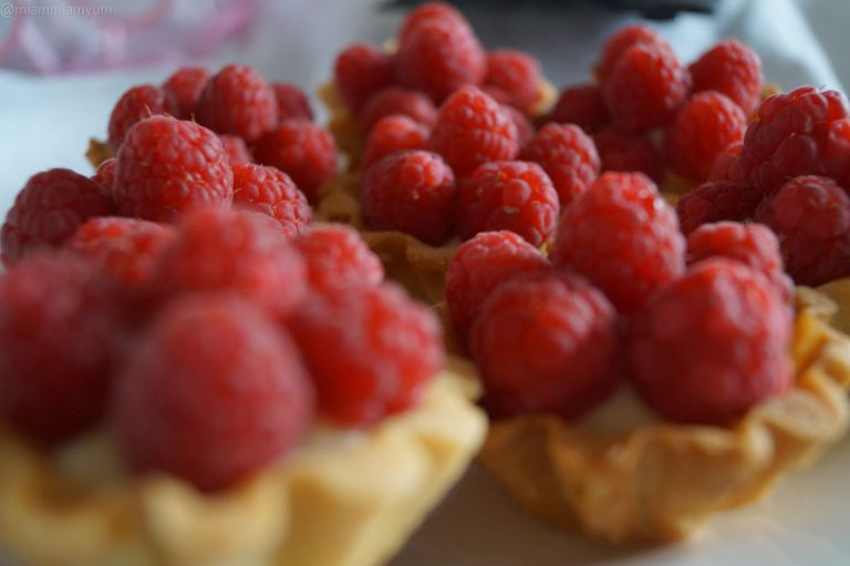 Raspberry mini tartlets