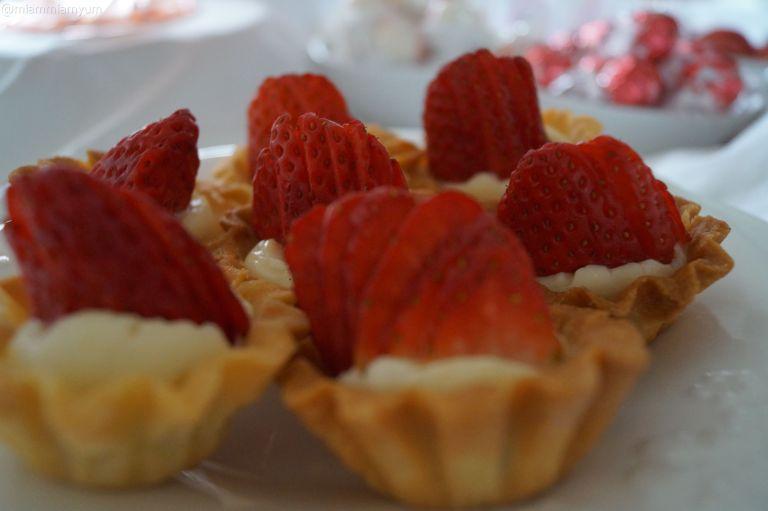 Strawberry mini tartlets