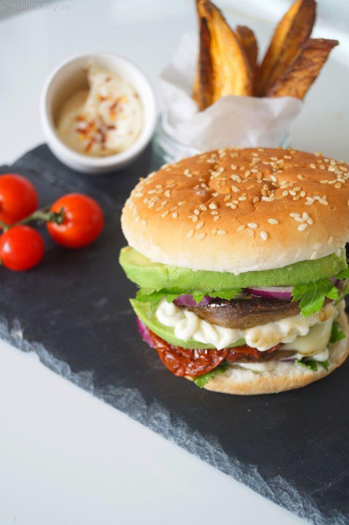 Portobella mushroom & veg burger