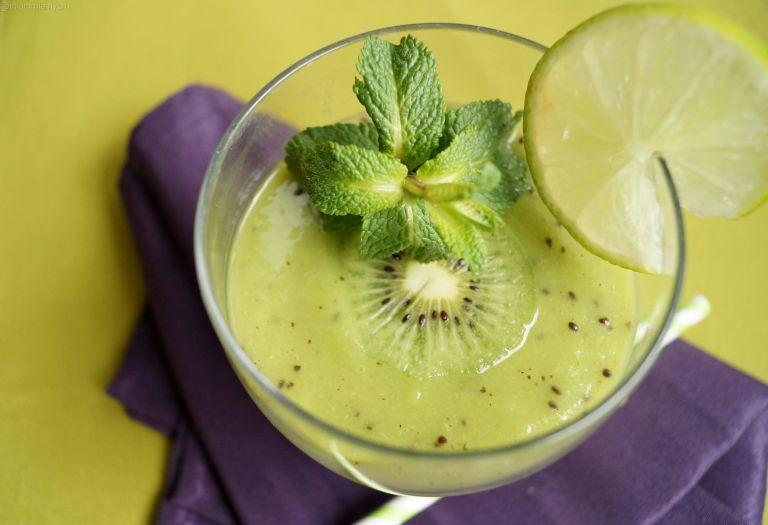 Kiwi smoothie 1