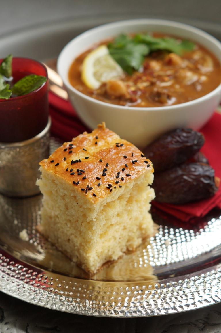 Algerian bread khobz dar