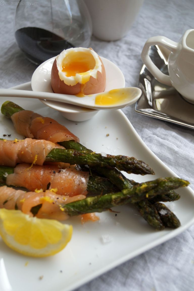Asparagus smoked salmon soldiers & soft eggs 1