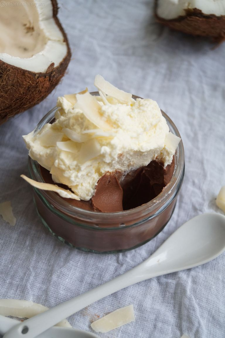 Chocolate cream pots & coconut whipped cream 3