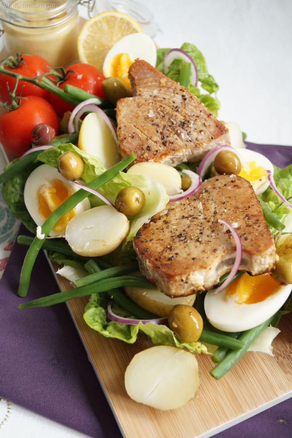 Tuna steak nicoise salad 1