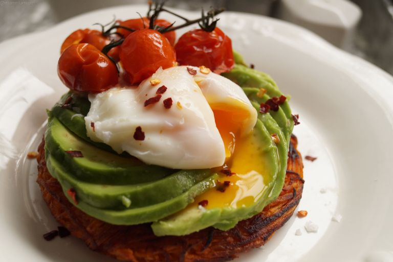 sweet-potato-rosti-avocado-rose-poached-egg-1