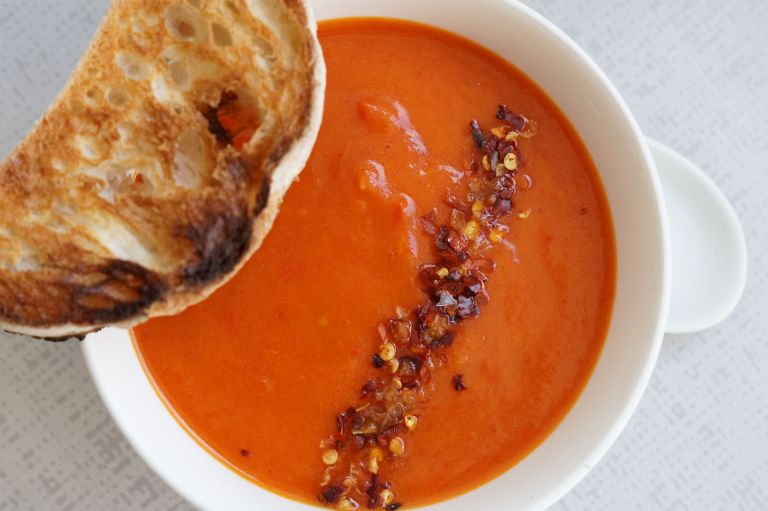 Roasted red pepper soup 1