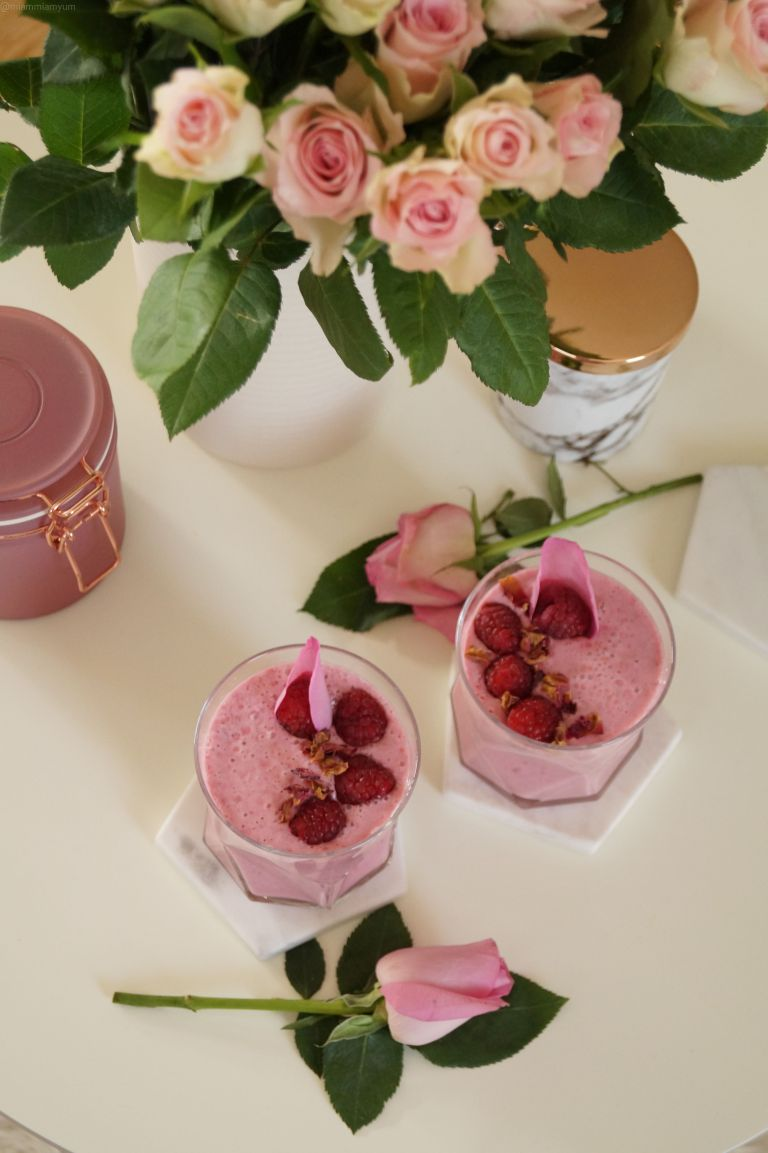 Ispahan smoothie - raspberry, lychee & rose 7