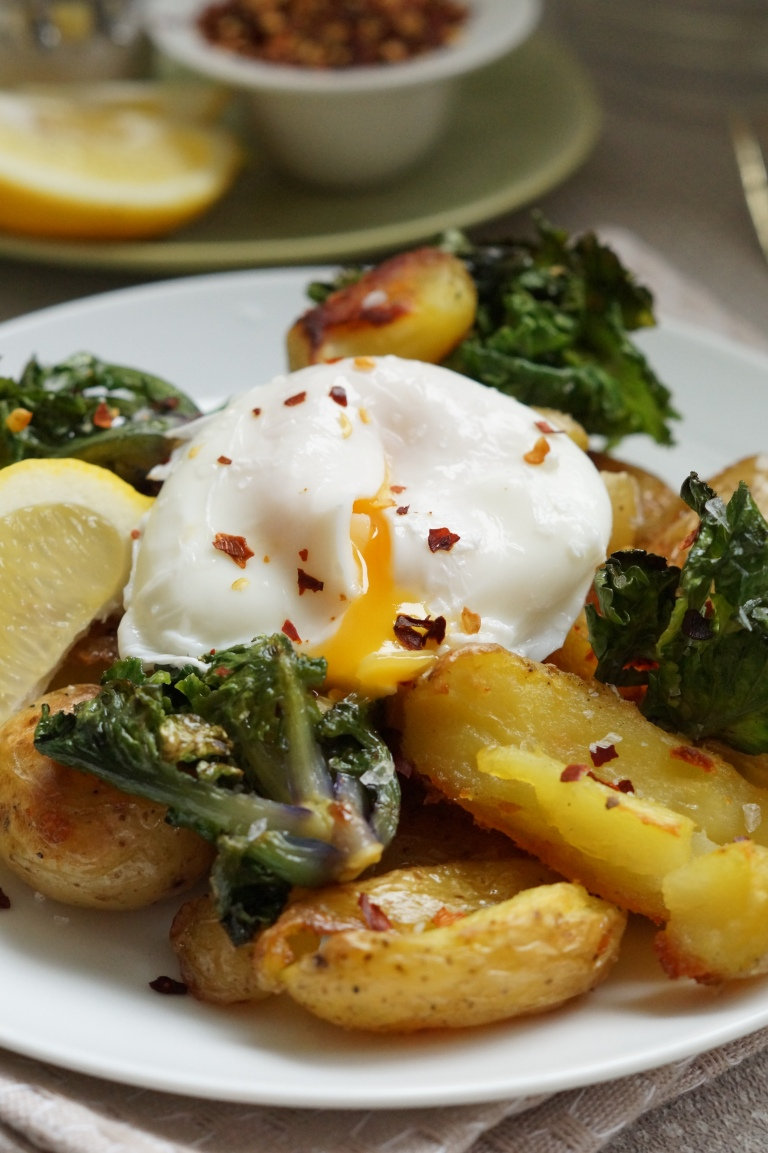 Potatoes, Kalettes & poached Egg 2